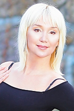 Ukrainian girl Irina,44 years old with brown eyes and blonde hair.