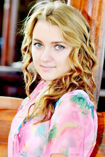 Ukrainian girl Tatyana,19 years old with green eyes and light brown hair.