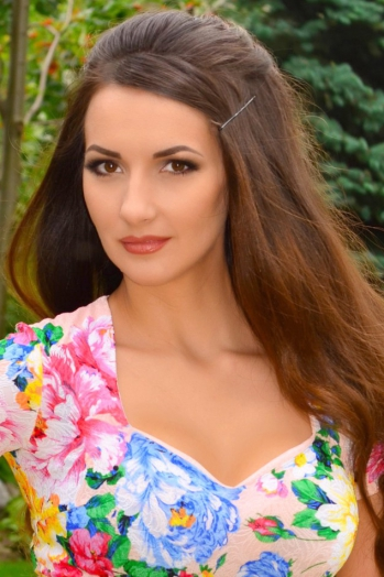 Ukrainian girl Svetlana,35 years old with  eyes and  hair.