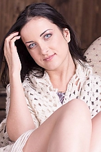 Ukrainian girl Galina,32 years old with blue eyes and light brown hair.
