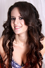 Ukrainian girl Tatyana,19 years old with brown eyes and black hair.