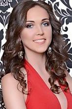 Ukrainian girl Evgeniya,23 years old with brown eyes and light brown hair.