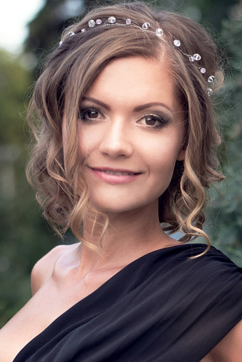 Ukrainian girl Anna,31 years old with brown eyes and light brown hair.