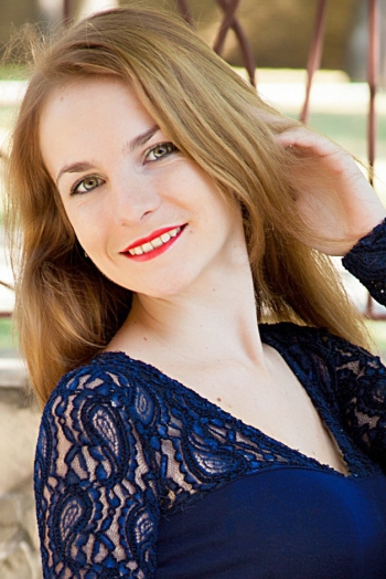Ukrainian girl Victoria,24 years old with green eyes and light brown hair.