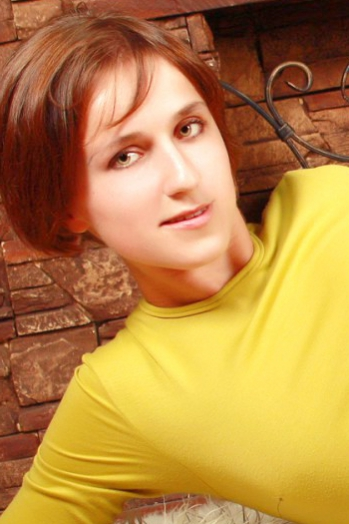 Ukrainian girl Marina,27 years old with green eyes and light brown hair.
