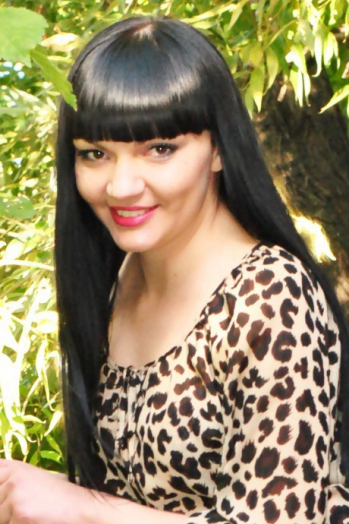 Ukrainian girl Irina,26 years old with black eyes and black hair.