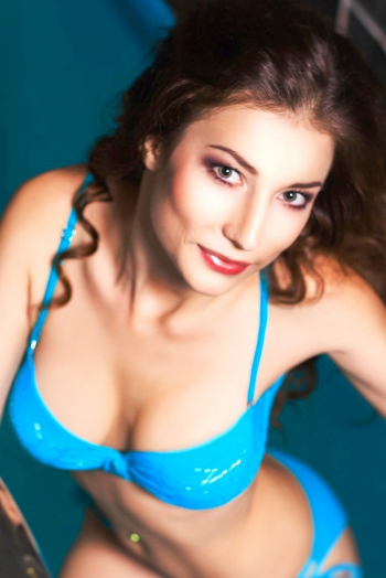 Ukrainian girl Natalia,26 years old with brown eyes and light brown hair.
