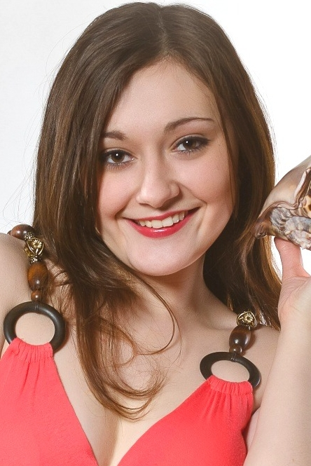 Ukrainian girl Natasha,24 years old with brown eyes and dark brown hair.