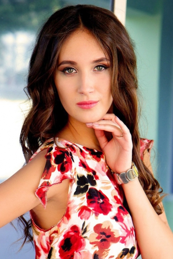 Ukrainian girl Ekaterina,22 years old with green eyes and light brown hair.