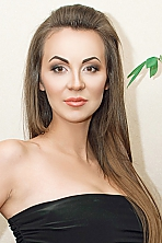 Ukrainian girl Oksana,28 years old with brown eyes and light brown hair.