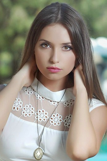 Ukrainian girl Valeria,23 years old with brown eyes and light brown hair.