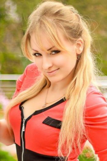 girl Sveta, years old with  eyes and  hair.