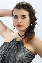 Ukrainian girl Еlena,27 years old with grey eyes and dark brown hair.