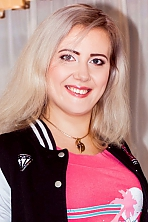 Ukrainian girl Marina,35 years old with blue eyes and light brown hair.