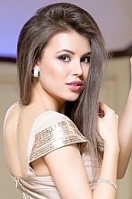Ukrainian girl Inna,22 years old with brown eyes and dark brown hair.