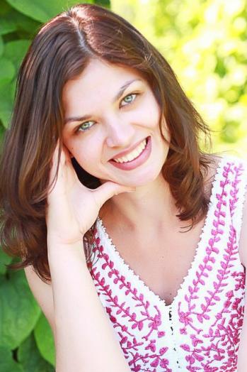 Ukrainian girl Ekaterina,26 years old with brown eyes and dark brown hair.