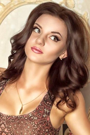 Ukrainian girl Alina,22 years old with  eyes and  hair.