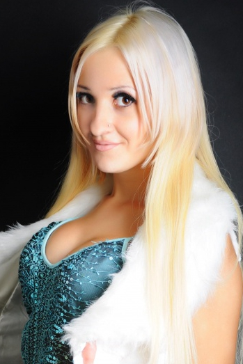 Ukrainian girl Anna,26 years old with brown eyes and blonde hair.