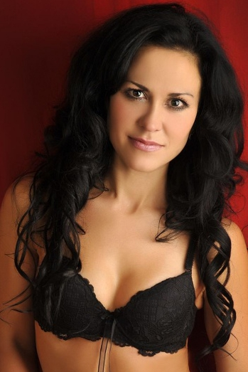Ukrainian girl Marina,39 years old with brown eyes and black hair.