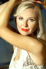 Ukrainian girl Inga,49 years old with  eyes and  hair.