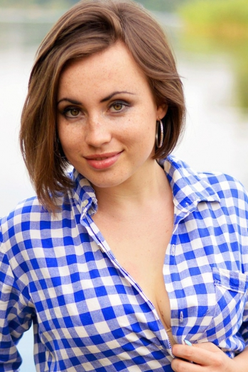 Ukrainian girl Olga,27 years old with  eyes and  hair.