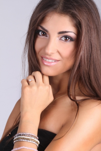 Ukrainian girl Anita,21 years old with brown eyes and dark brown hair.