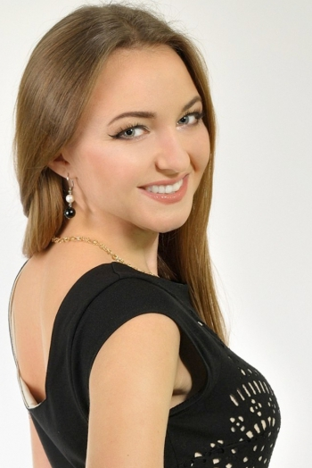 Ukrainian girl Natalia,31 years old with blue eyes and light brown hair.