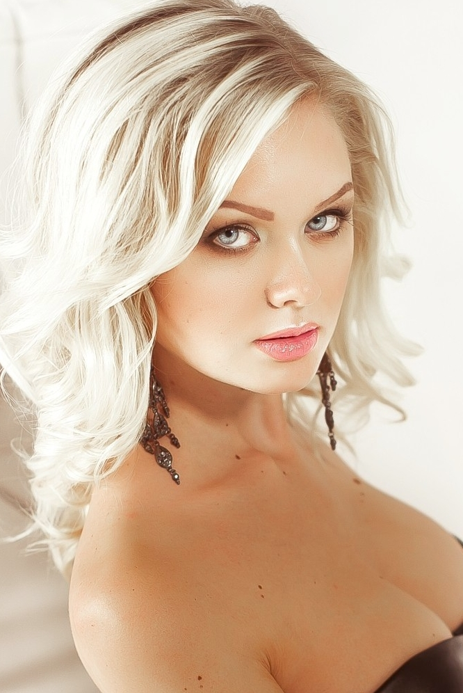 Ukrainian girl Ekaterina,25 years old with blue eyes and blonde hair.