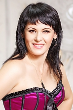 Ukrainian girl Elena,39 years old with brown eyes and dark brown hair.