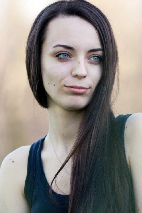girl Dasha, years old with  eyes and  hair.