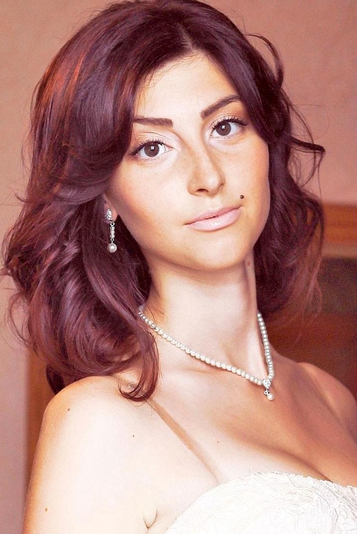 girl Valeriya , years old with  eyes and  hair.