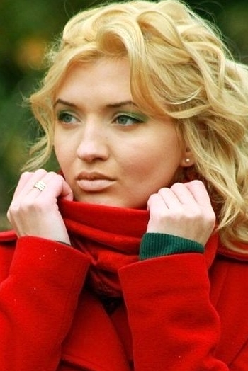 Russian girl Julia,27 years old with blue eyes and blonde hair.