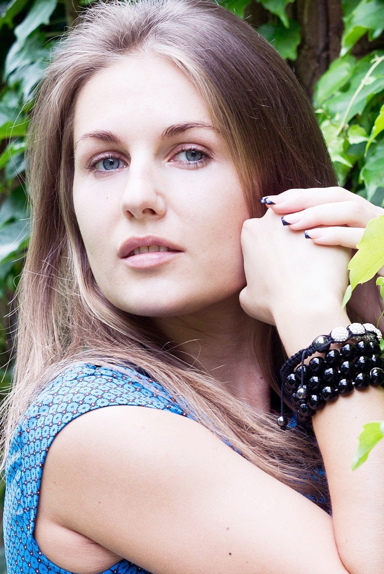 Ukrainian girl Marina,31 years old with blue eyes and light brown hair.