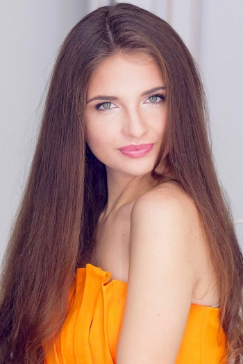 Ukrainian girl Kristina,25 years old with green eyes and light brown hair.