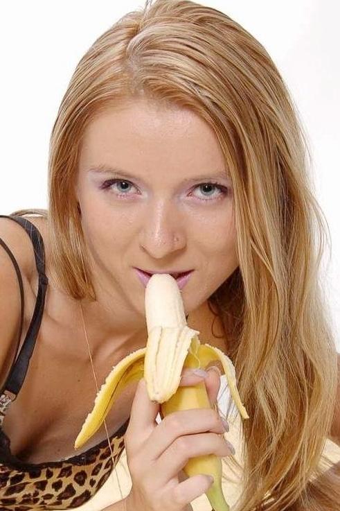 Ukrainian girl Inga,33 years old with grey eyes and light brown hair.