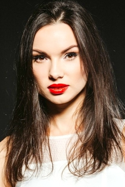 Ukrainian girl Evgeniya,29 years old with brown eyes and black hair.