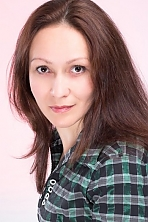 Ukrainian girl Alena,37 years old with brown eyes and dark brown hair.
