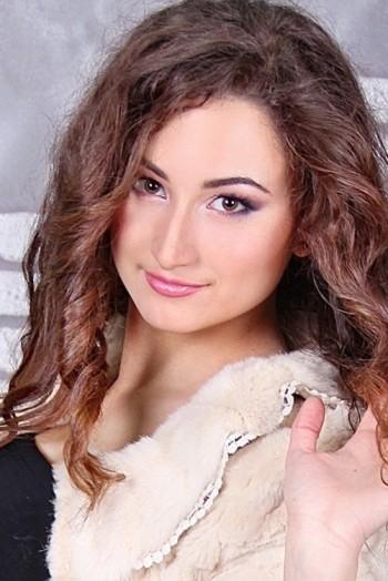 Ukrainian girl Viktoria,22 years old with hazel eyes and light brown hair.