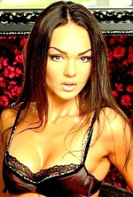 Ukrainian girl Tat'yana,32 years old with brown eyes and dark brown hair.