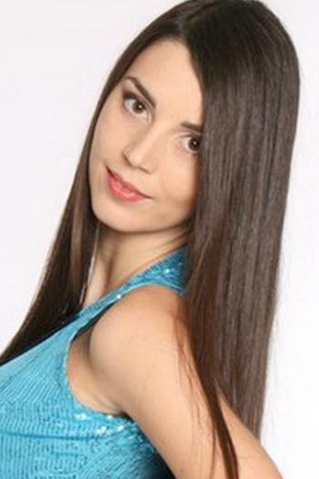 Ukrainian girl Irina,26 years old with brown eyes and dark brown hair.