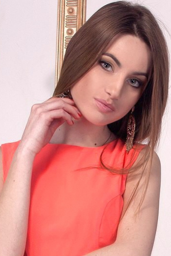 Ukrainian girl Katerina,24 years old with green eyes and light brown hair.