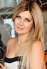 Ukrainian girl Elena,41 years old with  eyes and  hair.