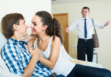 signs your spouse is cheating